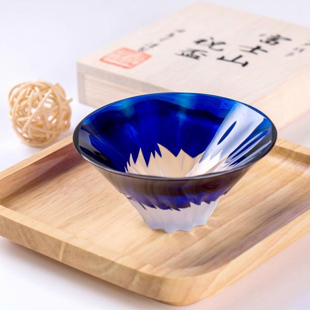 【田島硝子】日本職人手工製作富士山祝盃 清酒杯-琉璃色(TG13-013-1B)
